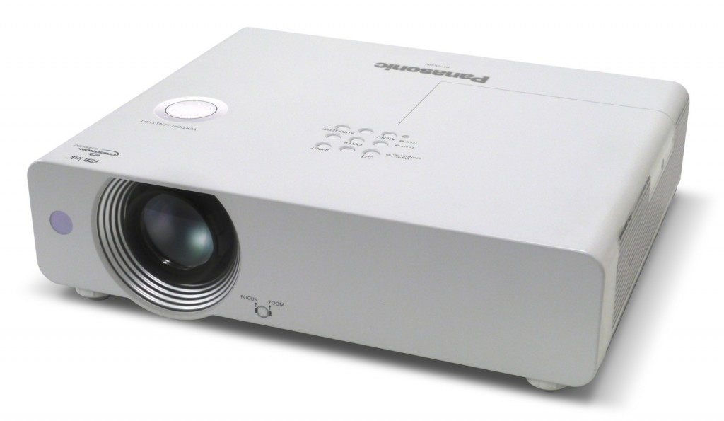 may-chieu-panasonic-pt-lb360a